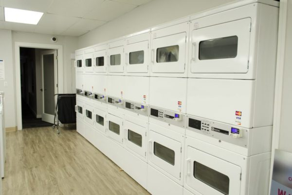 laundry room of cougar ridge apartments